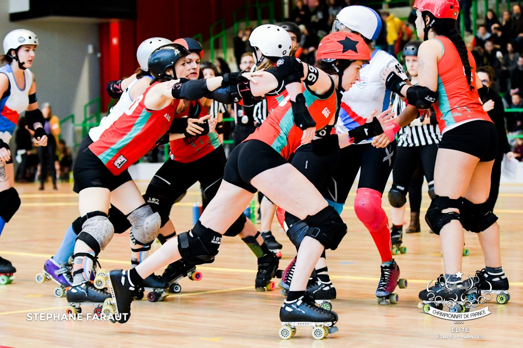 Lomme Roller Girls : les Bad Bunnies en plein match